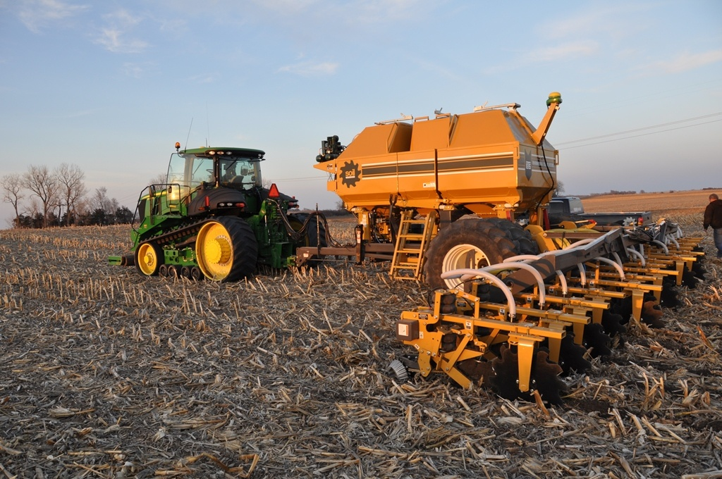 SoilWarrior uses precision ag technology to stay on zone